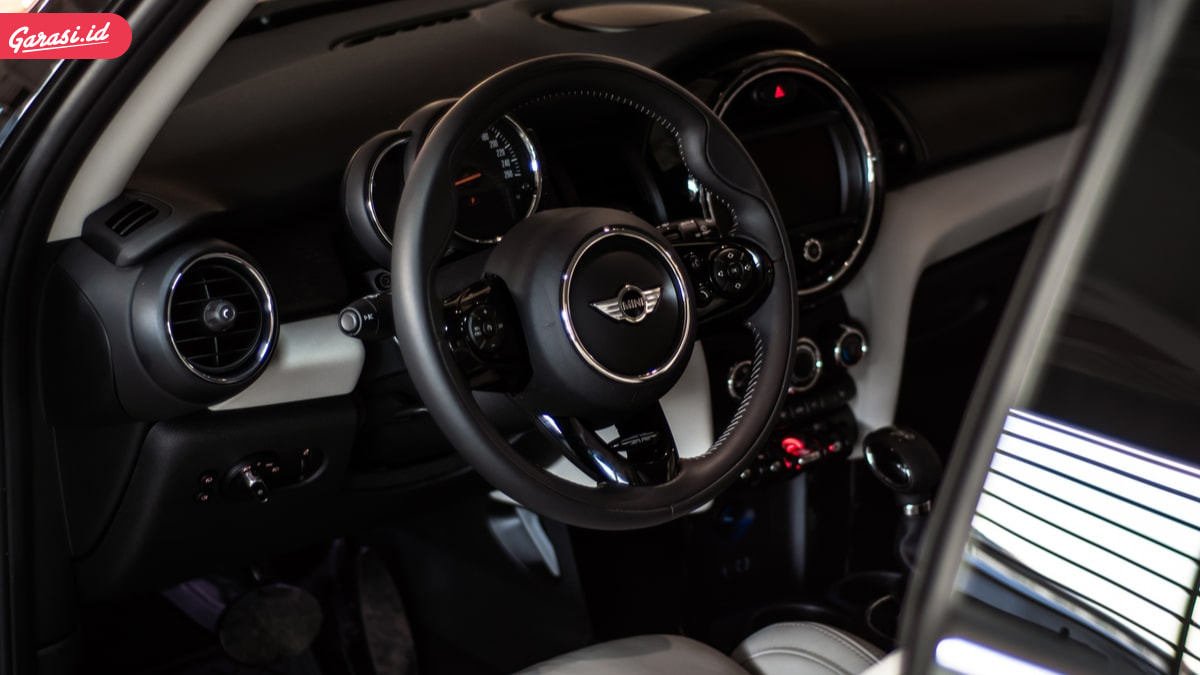 Perawatan Interior Mobil Itu Wajib! Garasi.id Berikan Diskon Hingga 100ribu dan Cashback Hingga 8%