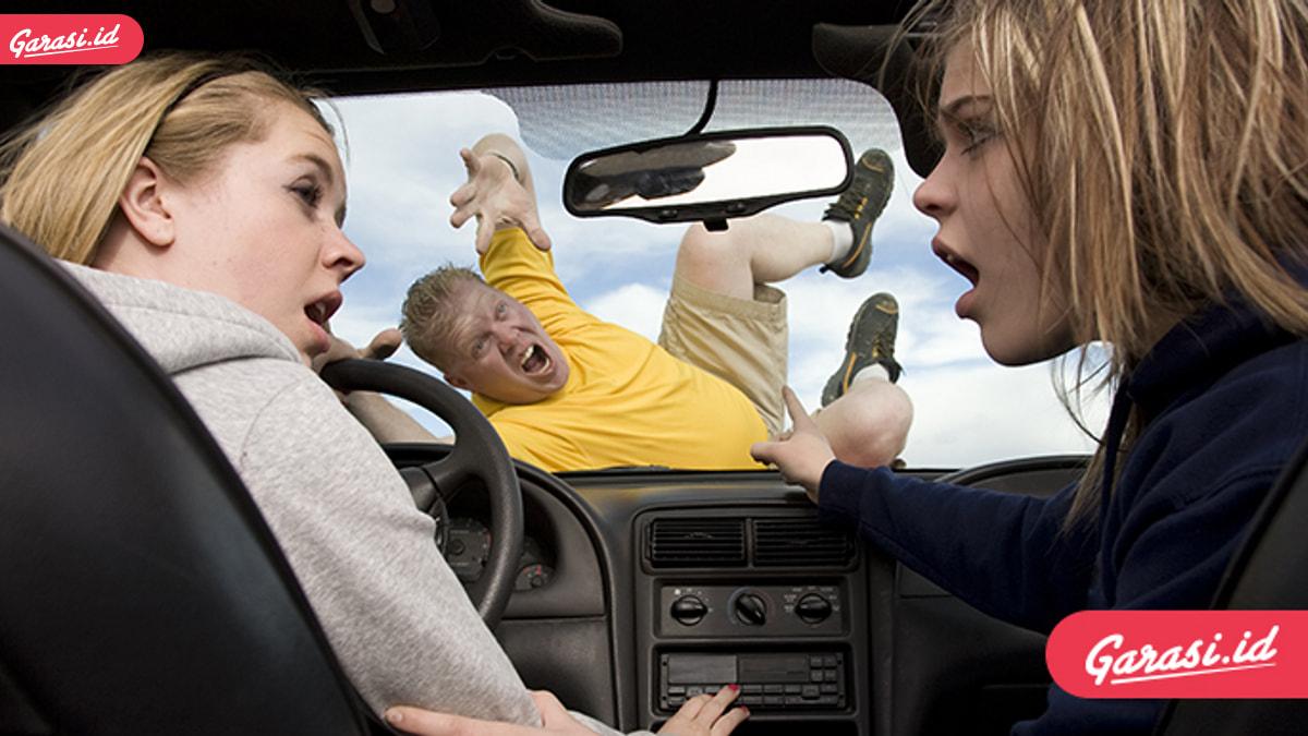 Berkendara Tidak Boleh Reflek Tanpa Gunakan Logika