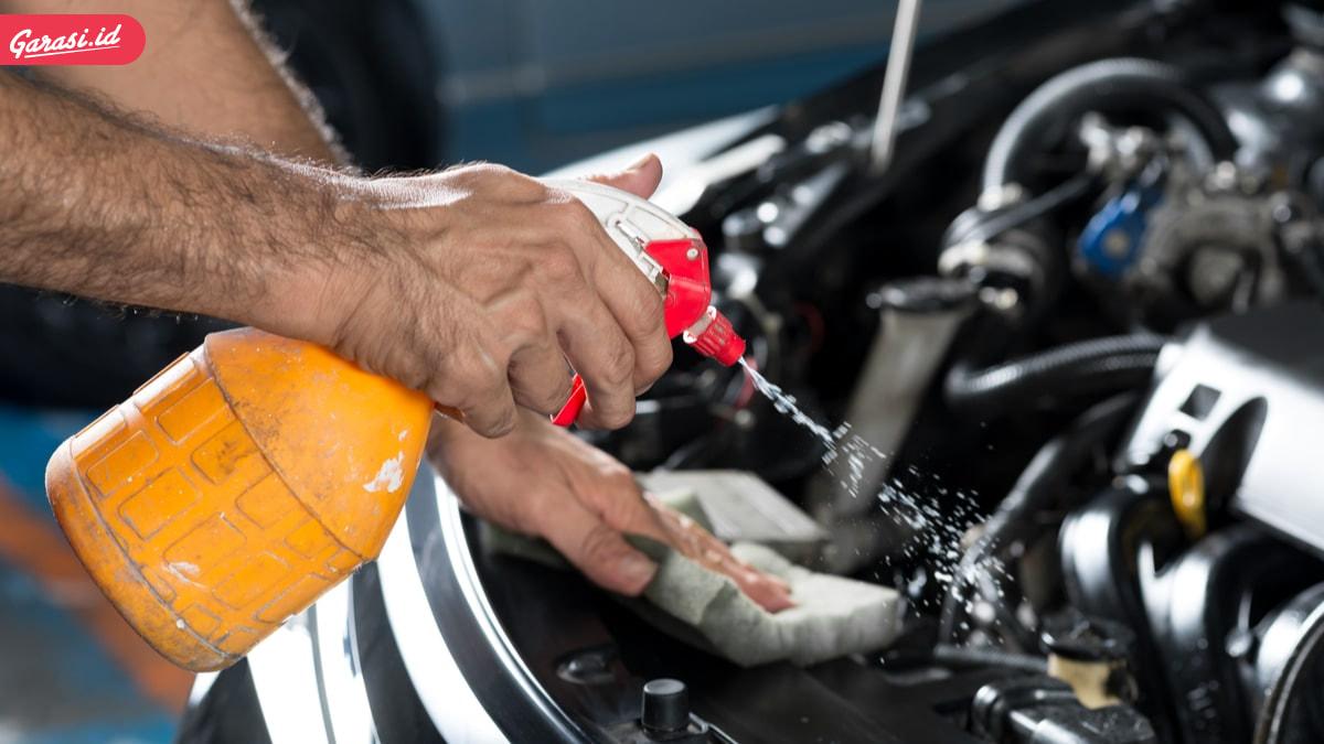 PPKM Kembali Diberlakukan. Yuk Bersihkan Mesin Mobil Sendiri di Rumah