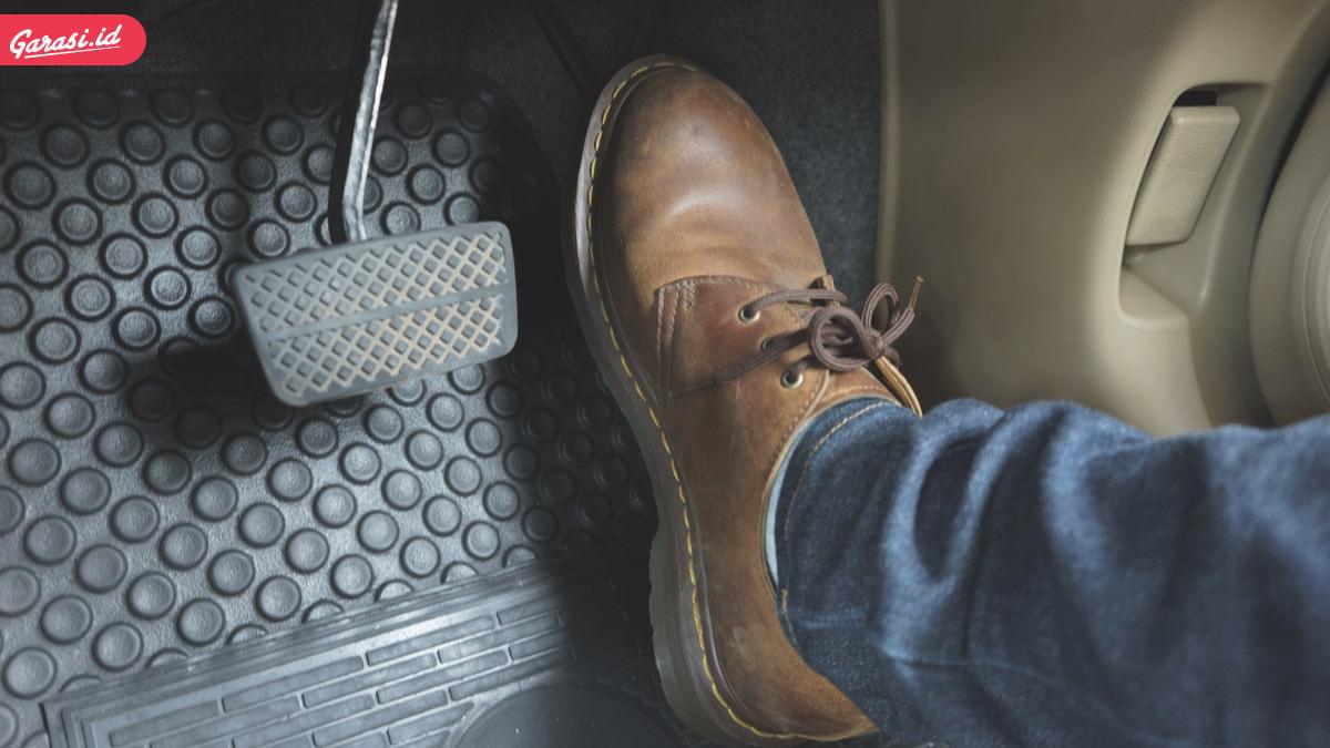 Aman Berlalu Lintas, Ini Cara Pengereman Mobil yang Wajib Dilakukan Pengendara Mobil