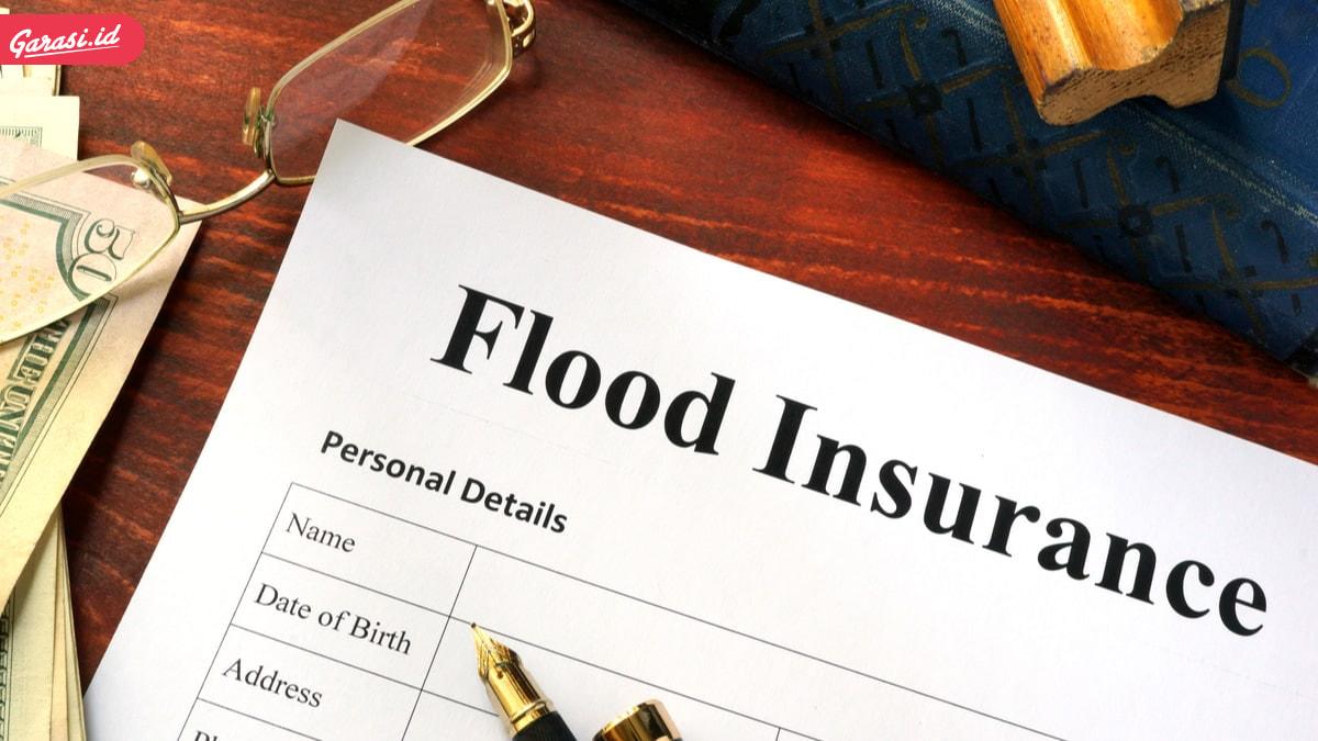 Mobil Terendam Banjir? Asuransi TLO Adalah Pilihan yang Tepat