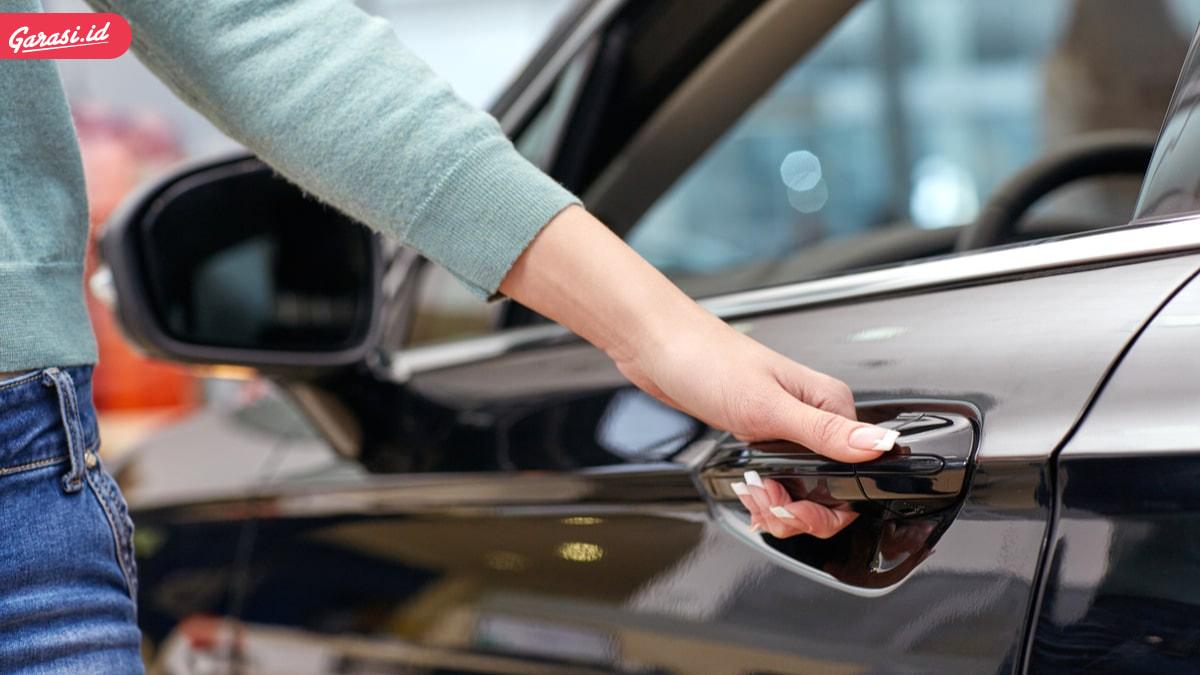 Pintu Mobil Terkunci dan Tidak Bisa Dibuka? Ini Penyebab dan Cara Mengatasinya