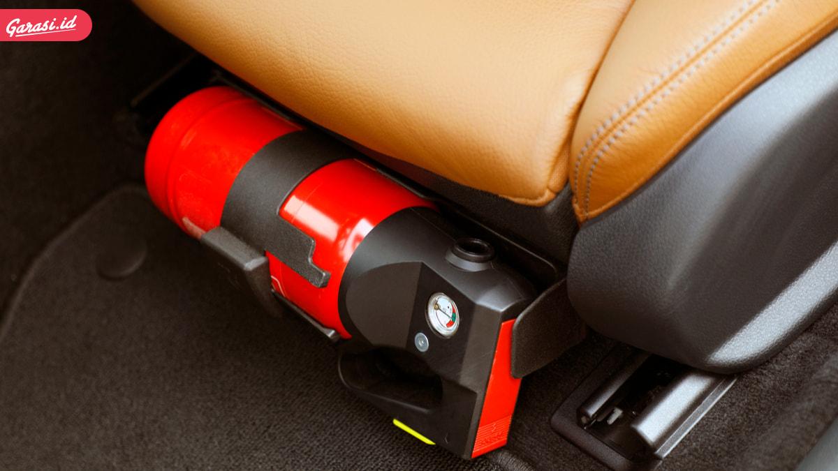 Mobil Harus Dilengkapi Peralatan APAR Mulai 2021