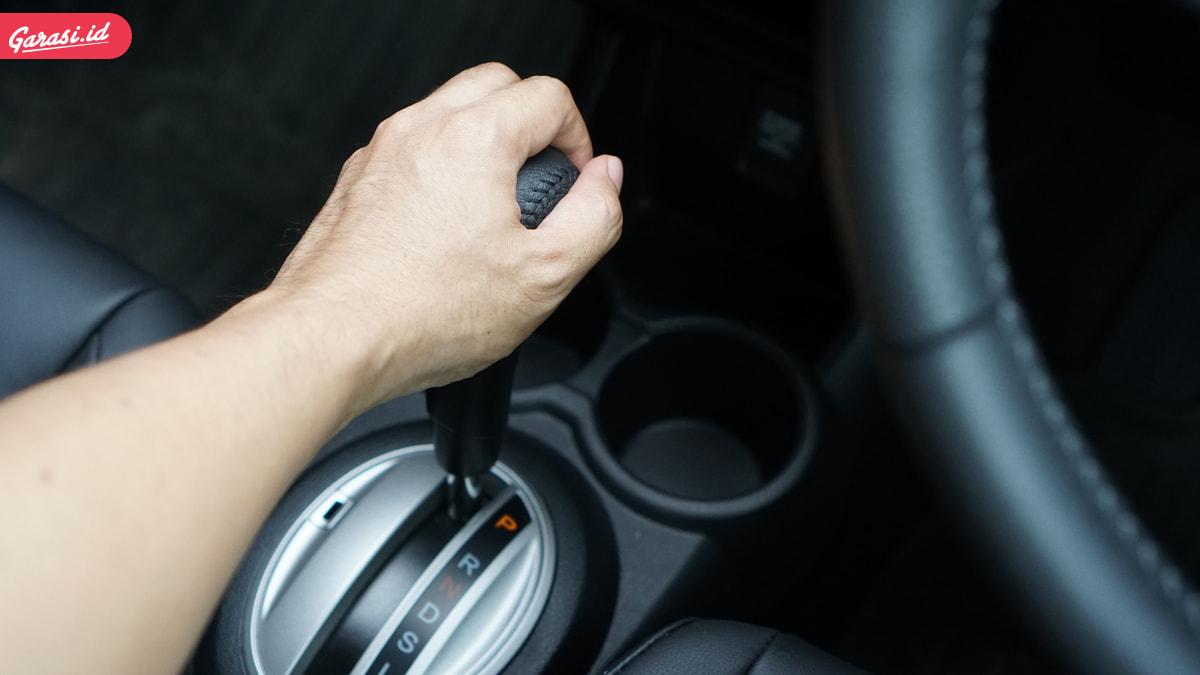 Begini Sahabat Garasi, Cara Parkir Mobil Yang Baik dan Posisi Ban Yang Benar