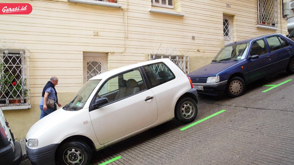 Bensin Full Tapi Jarum Bensin di E? Kenali Ciri Indikator Bensin Mobil Rusak