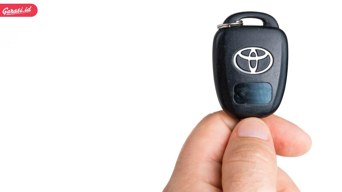 gambar kunci mobil toyota