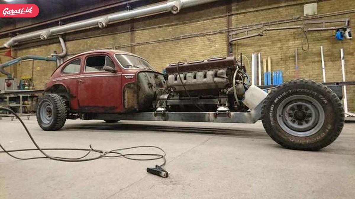 Ngeri, Volvo Lawas Dijejali Mesin Tank
