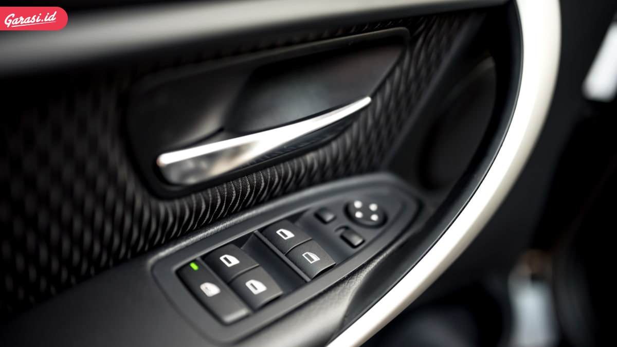 Power Window Mobil Seret? Ini Tips dan Cara Merawat Power Window Mobil yang Benar