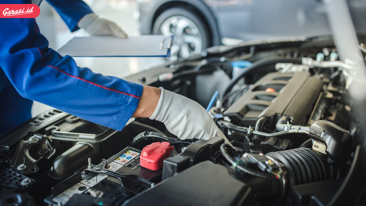 Pentingnya Memiliki Asuransi Mobil Tambahan di Bagian Mesin dan Transmisi