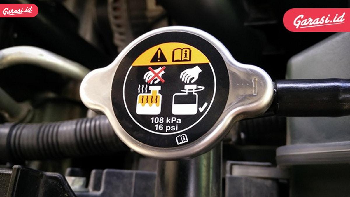 Jangan Sembarangan Ganti Tutup Radiator!
