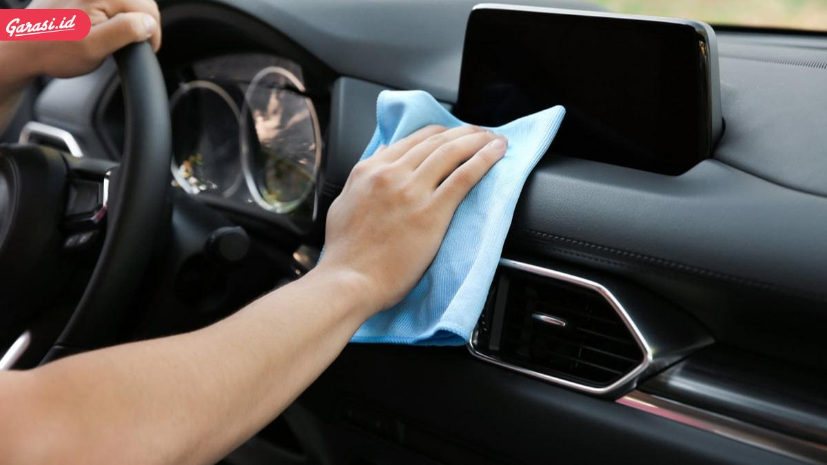 Sering Semprot Disinfektan Bagian Interior Mobil? Ini Bahayanya