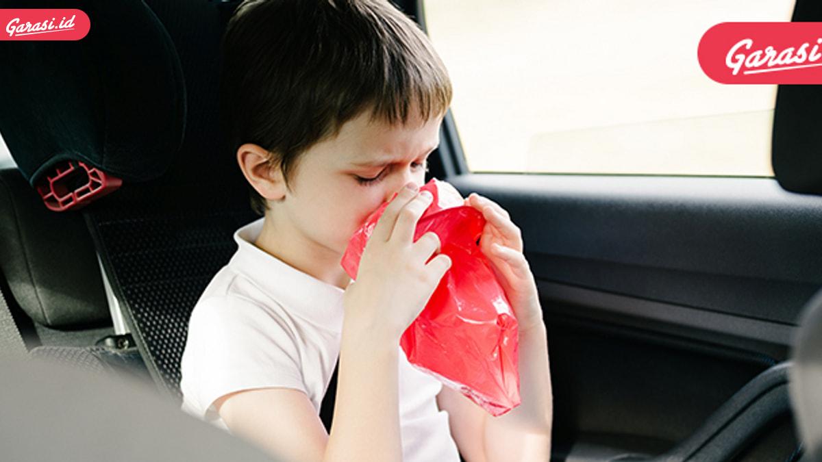 Bahaya Merokok di Dalam Mobil