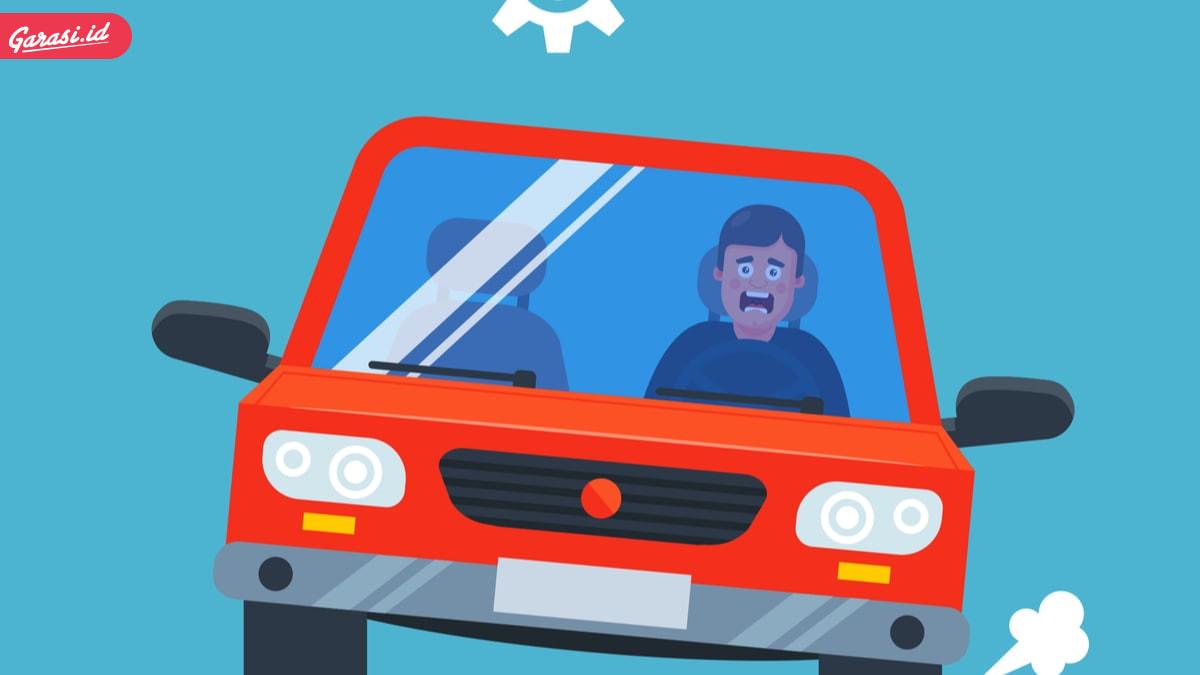 5 Tips Jitu Menghadapi Ban Mobil Pecah Saat Berkendara di Jalan
