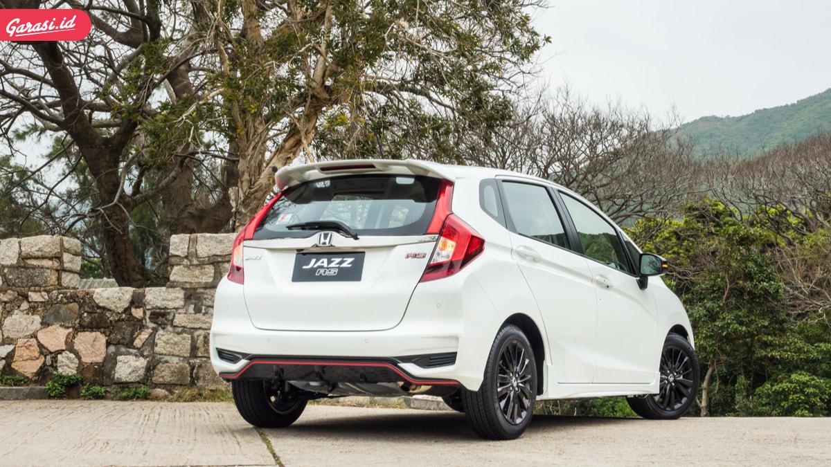 Mau Beli Mobil Honda Bujet 200 Jutaan? Honda Jazz RS Jawabannya