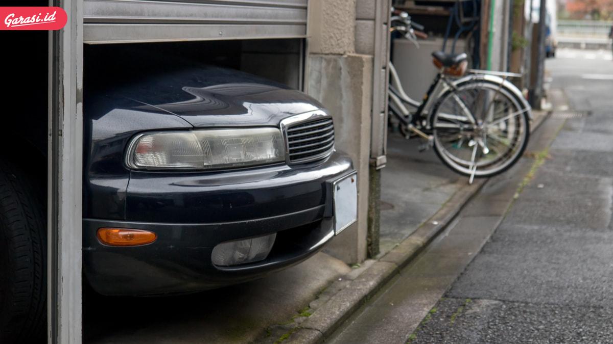 Sudah Tau Belum, Parkir Mobil di Garasi Wajib Menghadap Depan?