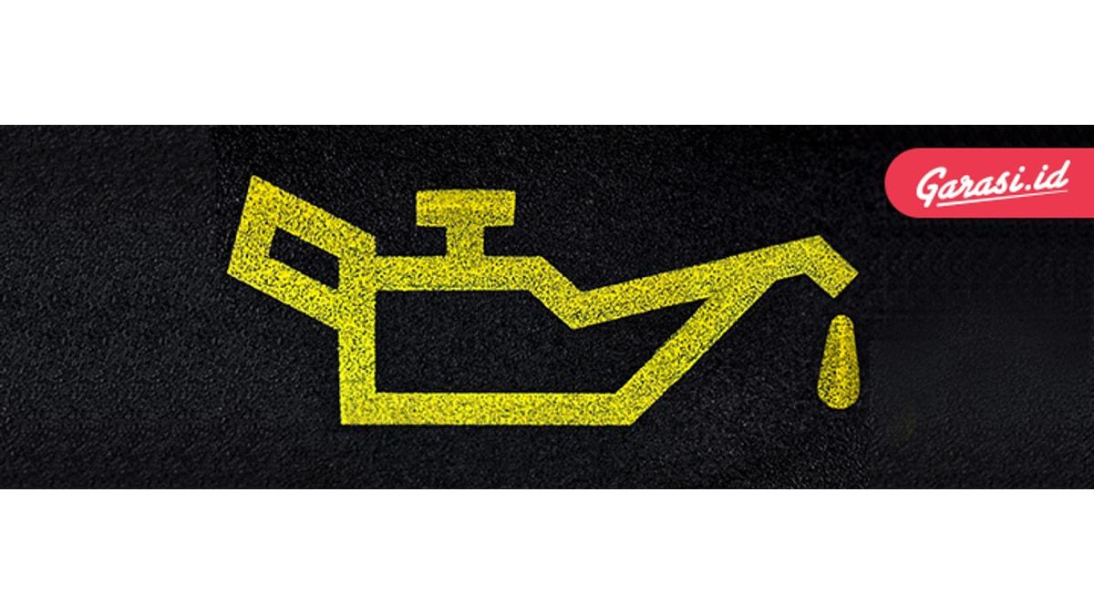 Selalu cek kondisi oli kendaraan kamu, jika dirasa sudah tidak optimal segeralah ganti