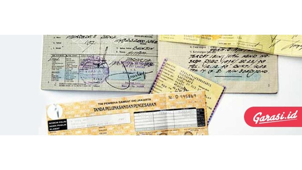 STNK merupakan tanda bukti pendaftaran dan pengesahan suatu kendaraan bermotor berdasarkan identitas dan kepemilikannya yang telah didaftar.