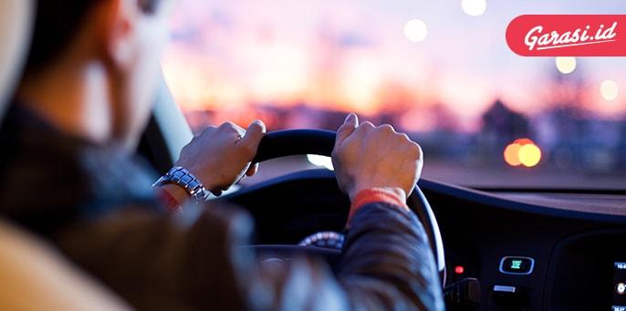 Sering Berkendara, Kamu Perlu Lakukan Ini Bila Tak Ingin Celaka