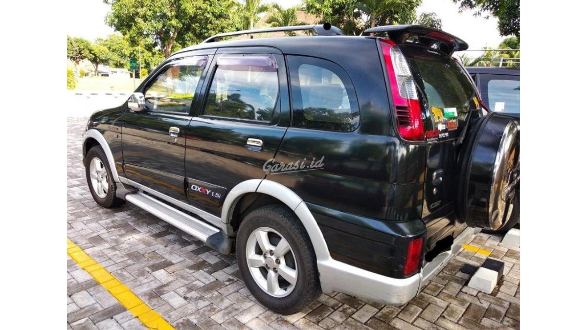 Jual Mobil Bekas 2005 Daihatsu Taruna Csx Oxxy Efi 1 5i Jakarta