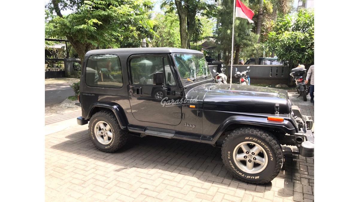 Jual Mobil Bekas 1998 Jeep Wrangler Yj Kota Bandung 00af077 Garasi Id