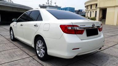 2013 Toyota Camry V 2.5 - Mobil Pilihan (s-3)