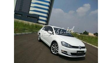 2014 Volkswagen Golf at - SIAP PAKAI
