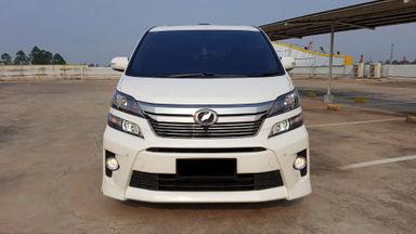 2013 Toyota Vellfire ZG - Mobil Pilihan (s-2)