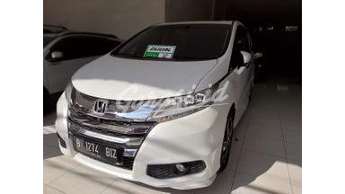 2015 Honda Odyssey prestige - Istimewa