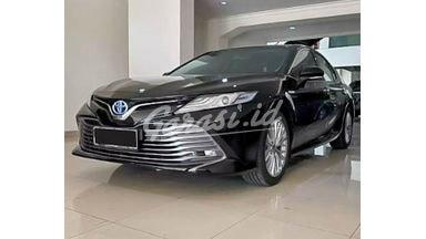 2019 Toyota Camry Hybrid AT - Mobil Pilihan
