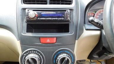 2012 Daihatsu Xenia R DELUXE 1.3 - Warna Favorit, Harga Terjangkau (s-5)