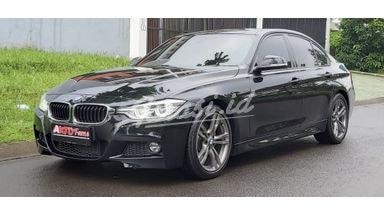 2016 BMW 3 Series 330i LCI Msport - Mobil Pilihan