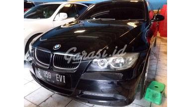 2006 BMW 320i AT - Barang Bagus Dan Harga Menarik