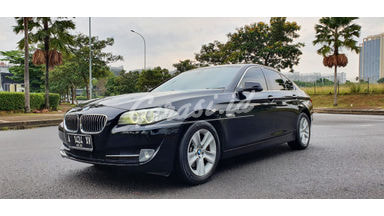 2012 BMW 5 Series 528i Lux