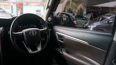 2016 Toyota Fortuner VRZ 2.4 AT - Mobil Pilihan (s-5)