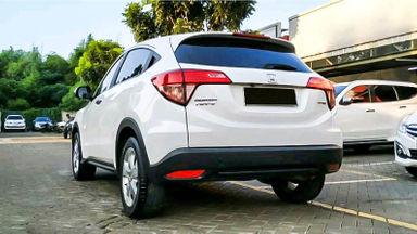 2015 Honda HR-V E CVT - Mobil Pilihan (s-3)
