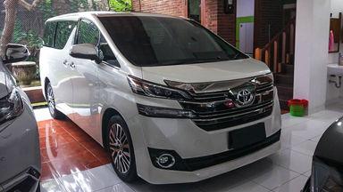 2015 Toyota Vellfire G - Mobil Pilihan