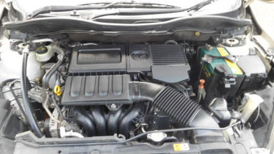 2010 Mazda 2 HB 1.5 AT - Siap Pakai Dan Mulus (s-7)