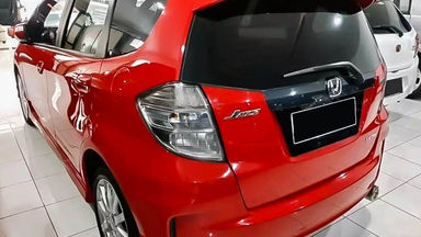 2014 Honda Jazz RS - Mobil Pilihan (s-2)