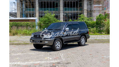 2002 Toyota Land Cruiser VX 100 Limited
