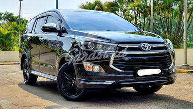 2017 Toyota Kijang Innova Venturer - Mobil Pilihan