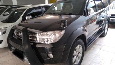 2010 Toyota Fortuner G - SIAP PAKAI