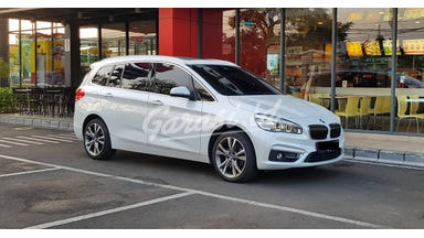 2015 BMW 2 Series 218i Grand Tourer - 7 seater White on Saddle Brown