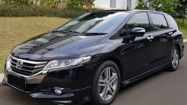 2012 Honda Odyssey 2.4 AT - istimewa