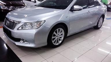 2014 Toyota Camry V 2.5 - Mobil Pilihan