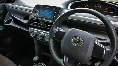 2017 Toyota Sienta G - Mobil Pilihan (s-5)