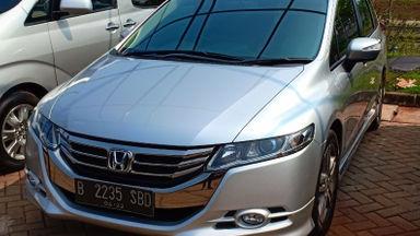 2012 Honda Odyssey Absolut - UNIT TERAWAT, SIAP PAKAI, NO PR