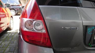 2006 Honda Jazz IDSI 1.5 MT - Bekas Berkualitas (s-2)