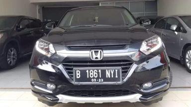 2015 Honda HR-V PRESTIGE - Elegan dan tangguh bro