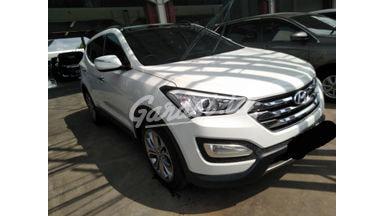 2012 Hyundai Santa Fe at - Siap Pakai