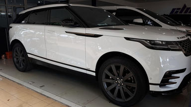 2017 Land Rover Range Rover Velar 2.0 R-Dynamic - Barang Istimewa